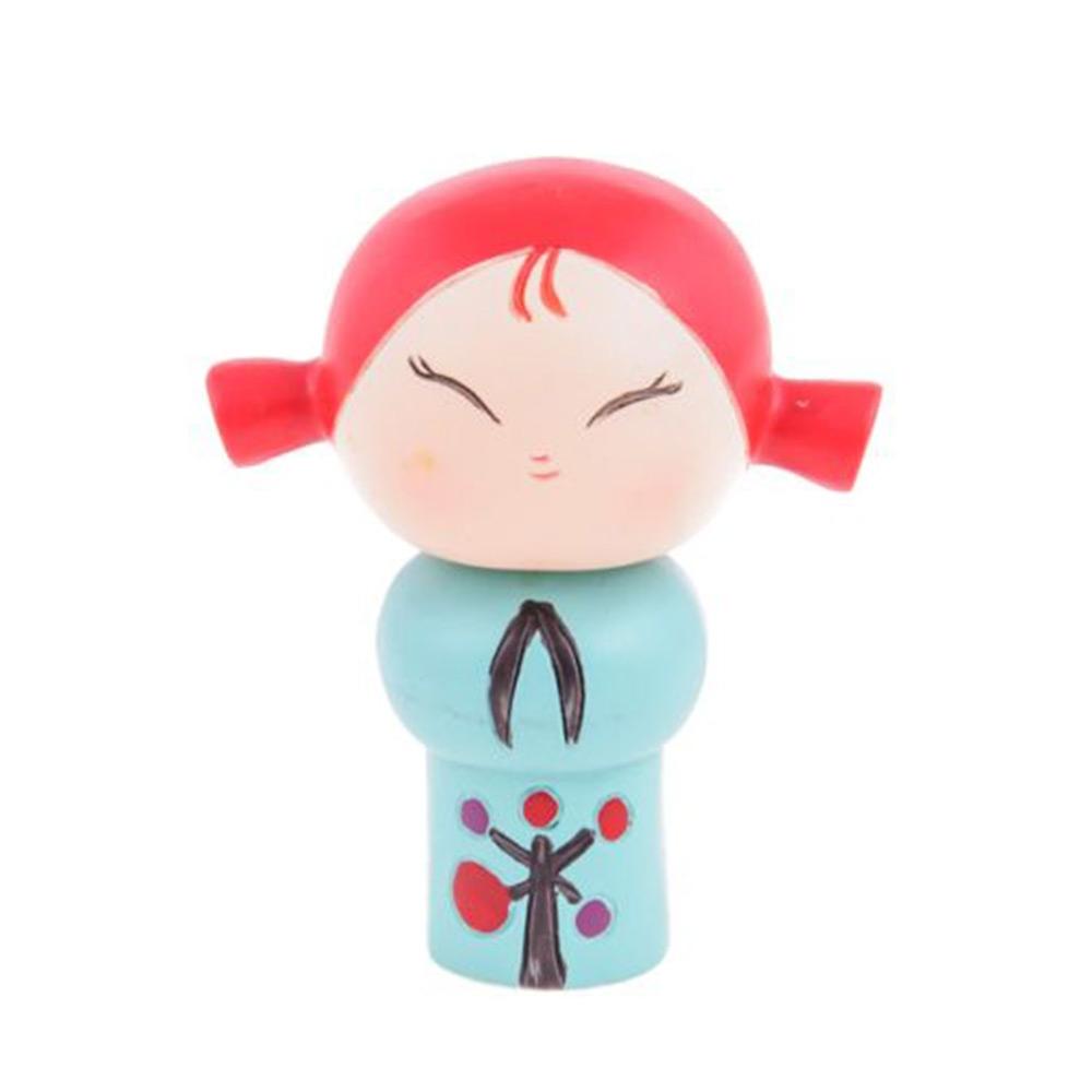 Boneca Decorativa Momiji Mania - Deni - Colorida em Resina - 7x6 cm