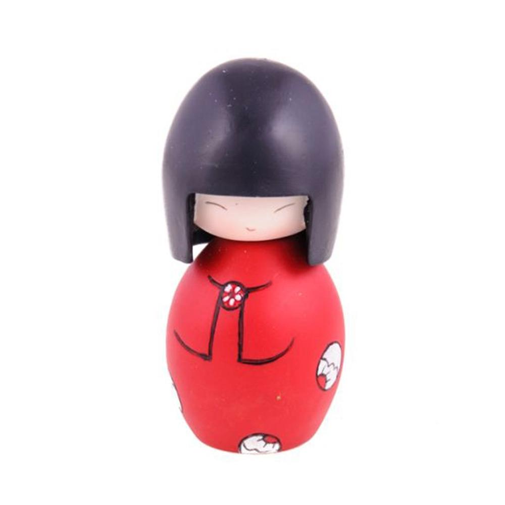 Boneca Decorativa Momiji Mania - Luka - Vermelha em Resina - 9x5 cm