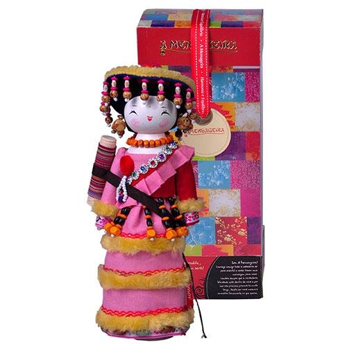 Boneca Decorativa Oriental Kirgiz em Tecido - 28x12 cm