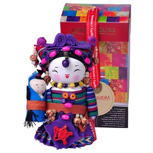 Boneca Decorativa Oriental Miao Pequena em Tecido - 12x7 cm