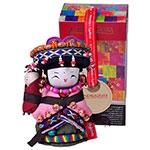 Boneca Decorativa Oriental Qiang Pequena em Tecido
