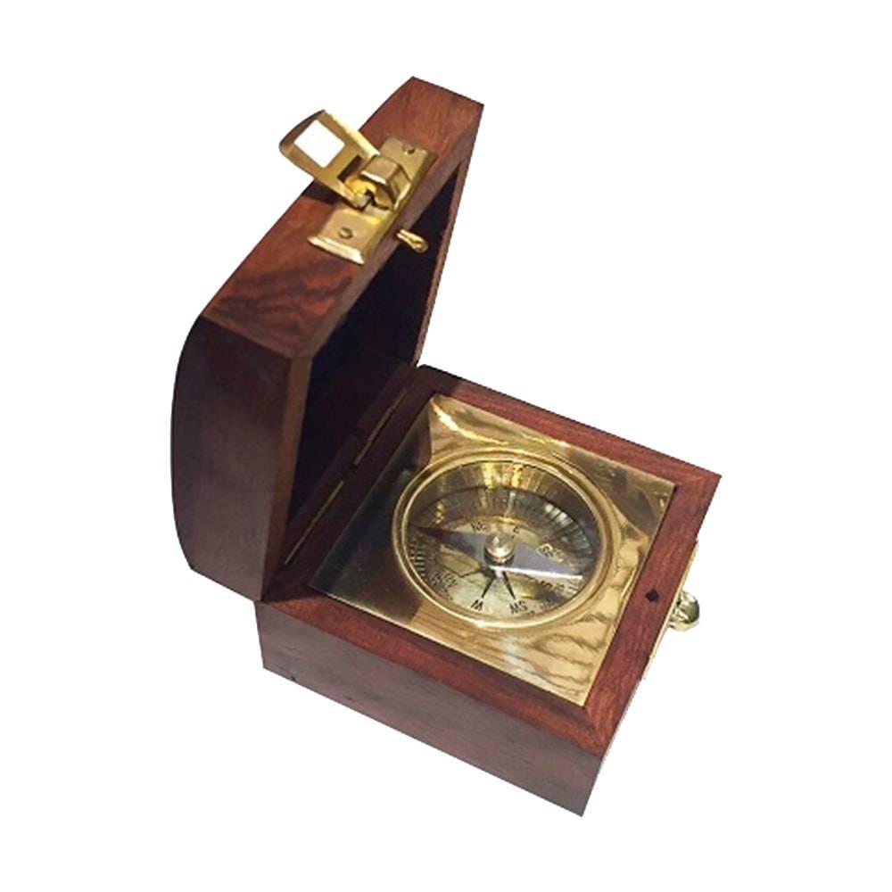 Bussula Impex Marrom/Dourado em Madeira - 7x5 cm