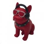 Cachorro vermelho com fone
