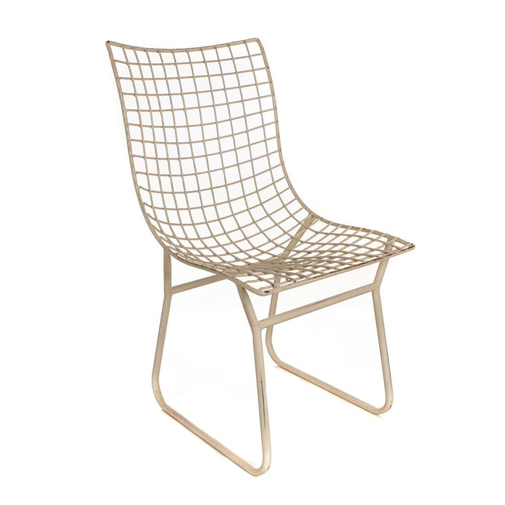 Cadeira Athina Branca Quadriculada Vazada em Ferro - 94x61 cm