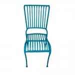 Cadeira Filetes Azul com Estrutura Vazada em Ferro