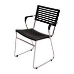 Cadeira New Preta em Polipropileno e Base em Aço Cromado