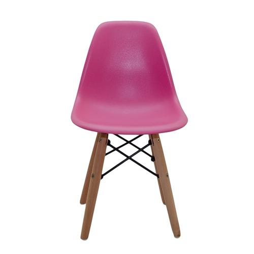 Cadeira Side Kids Pink em ABS e Base em Madeira - 56x31 cm