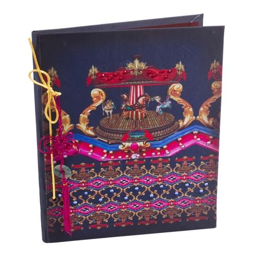 Caderno Abracadabra Carrossel em Tecido - 31x21 cm