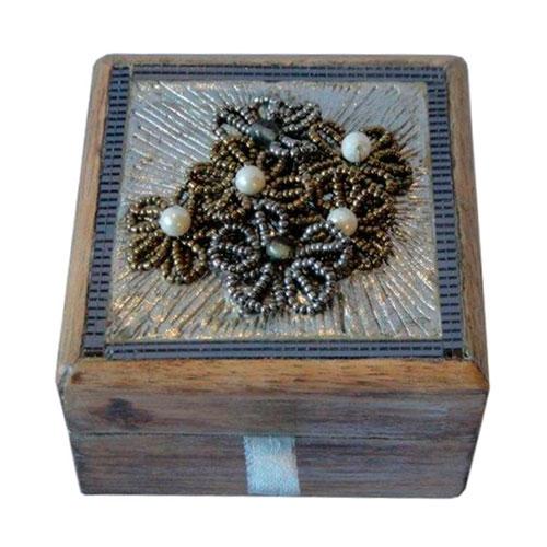 Caixa Bride Pequena em Madeira - 14x14 cm
