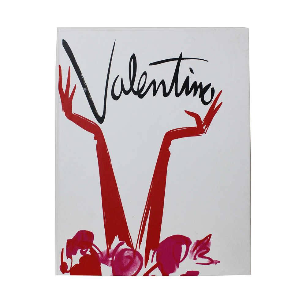 Caixa Livro Valentino Fullway Branco com Estampa Vermelha em Madeira - 30x24 cm