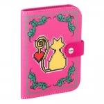 Capa para Passaporte Amor de Pixel Gato Rosa em Courino - 14x11 cm