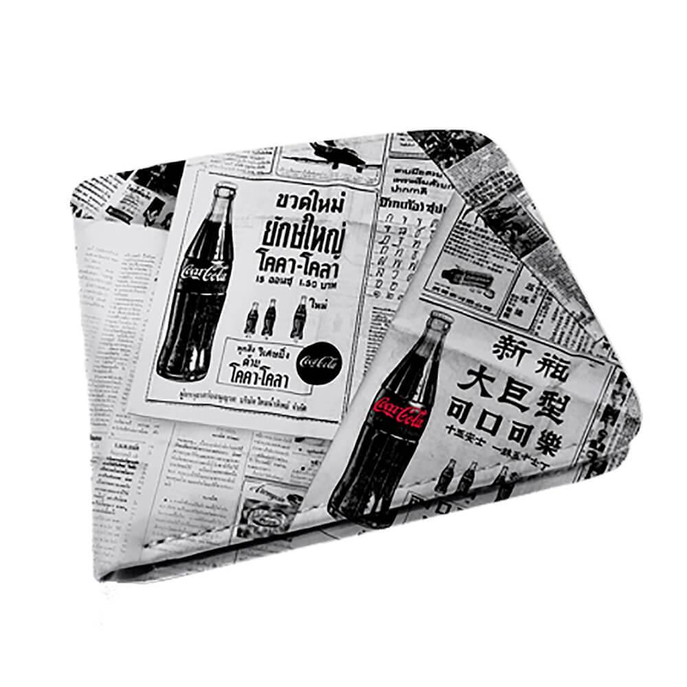 Carteira Coca-Cola Newspaper Branco e Preto em PU - Urban - 12x9 cm