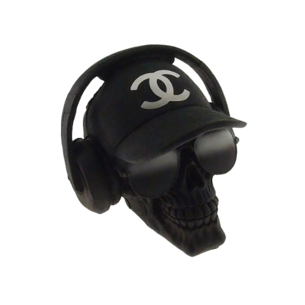 Caveira boné Chanel
