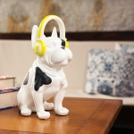 Cofre Cachorro Sentado com Fone Médio em Cerâmica
