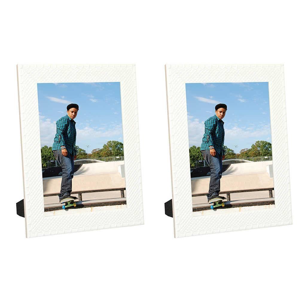 Conjunto 2 Porta-Retratos Moldura Treliça Branco - Foto 20x25 cm - Em MDF e Vidro - 28x23 cm