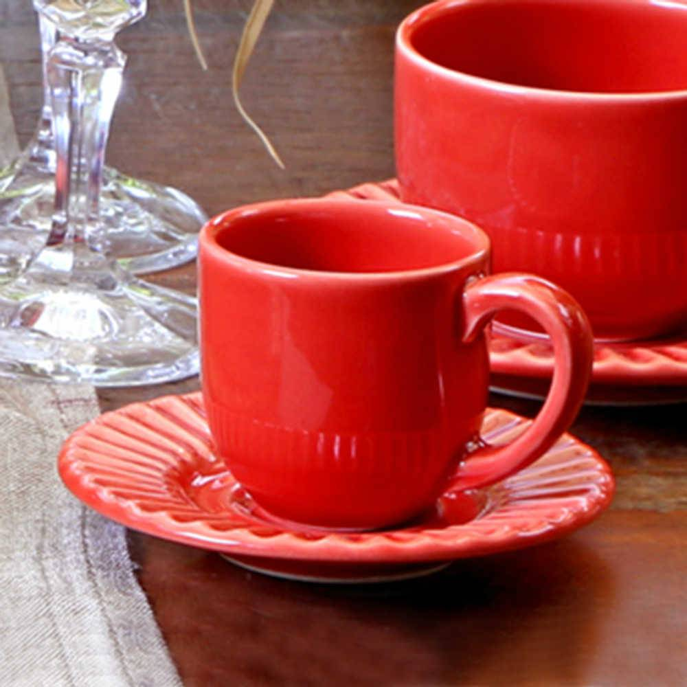 Conjunto 6 Xícaras para Café com Pires Plissé Vermelho - em Cerâmica - La Tavola - Porto Brasil - 11x5,5 cm