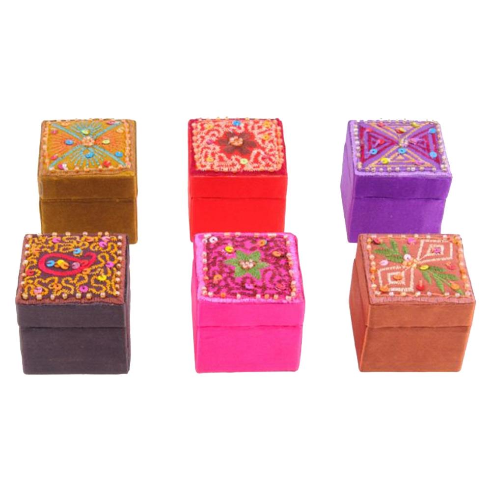 Conjunto Caixinhas Porta Objetos Patchwork - 6 Peças - Coloridas Pequenas em Madeira/Tecido - 4x3,5 cm