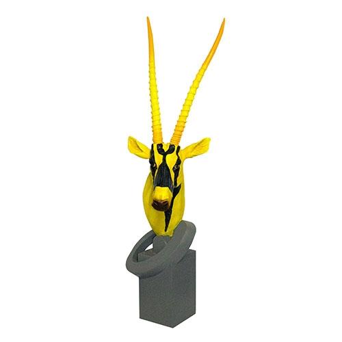 Escultura de Cabeça de Antílope em Resina Yellow/Black  Fullway - 102x40 cm