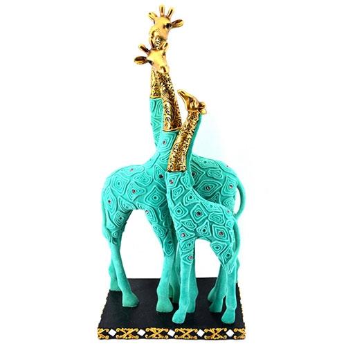 Escultura Família de Girafas Jade em Resina - 43x20 cm