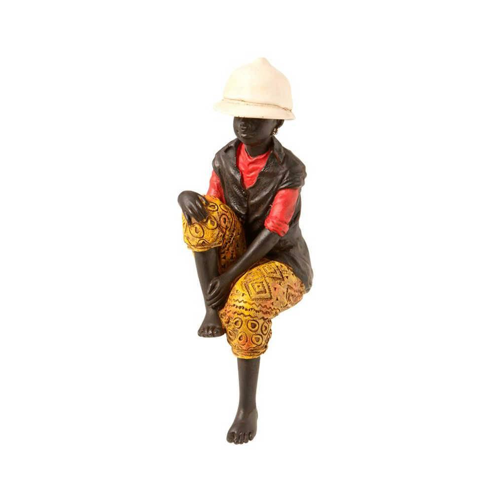 Escultura Menino Sentado Colorida em Resina - 21x8 cm