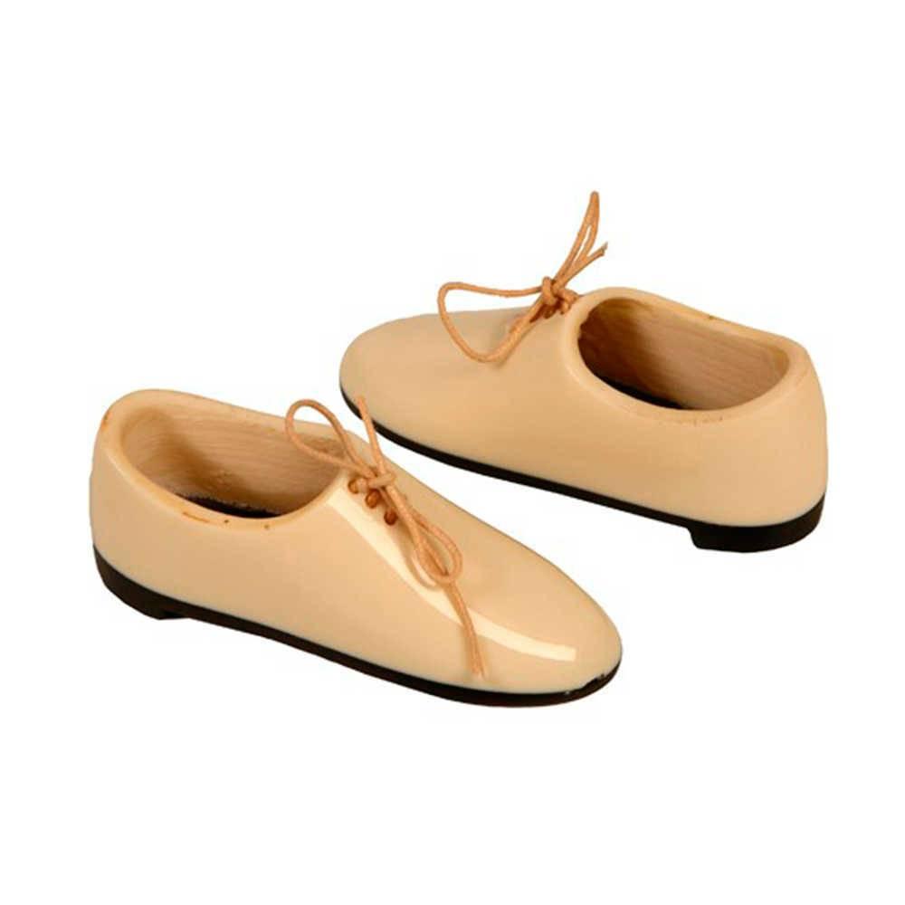 Escultura de Mesa Mini Par de Sapatos com Cadarços Bege em Resina - 8x3 cm