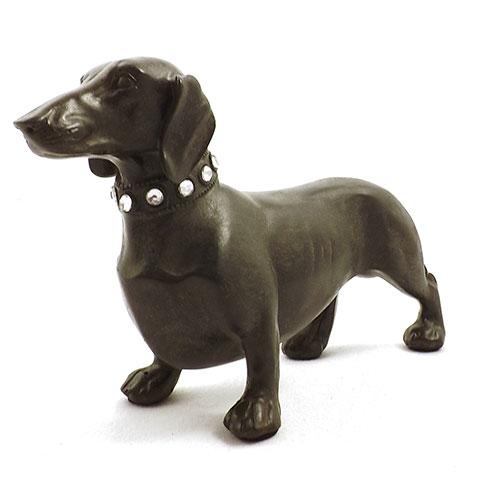 Estátua / Miniatura de Cachorro Linguiça - Em Resina - 17x14 cm