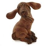 Estatueta Cachorro com Orelhas e Pés Grandes em Resina