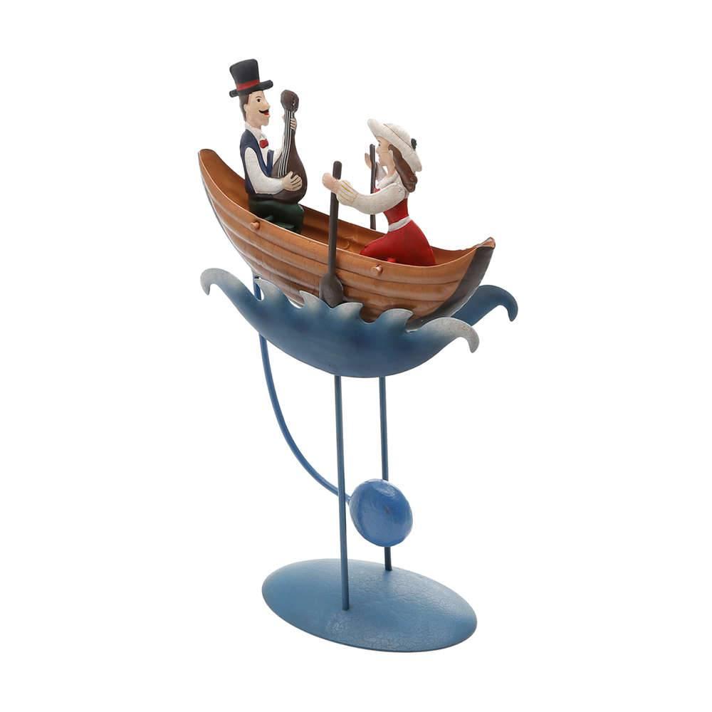 Estatueta Casal de Namorados no Barco em Metal - com Balanço - Prestige - 34x21 cm