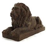 Estatueta Leão em cima de uma Base em Resina