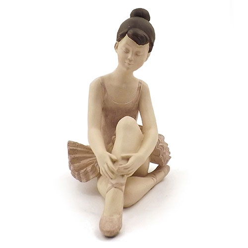 Estatueta / Miniatura Bailarina Vestido Rosa - Em Resina - 15x20 cm