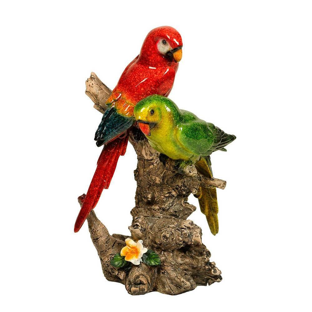 Estatueta de Pássaros Vermelho e Verde Pousado num Tronco em Resina - 18x12 cm