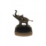 Isqueiro Elétrico e Cinzeiro Elefante em Metal - 14x11 cm