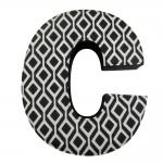 Letra C Decorativa de Parede Preto e Branco em Tecido