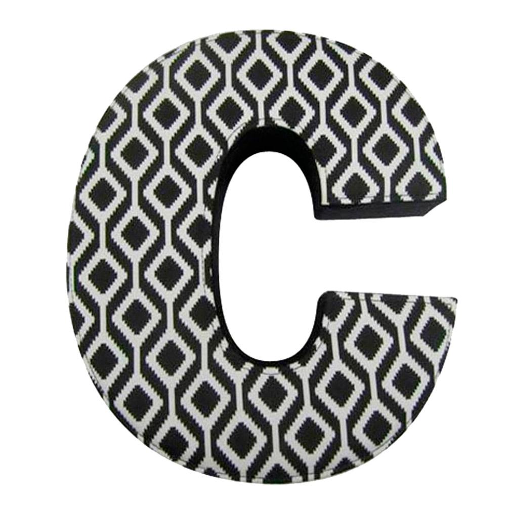 Letra C Decorativa de Parede Preto e Branco em Tecido - 26x22,1 cm