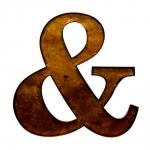 Letra E Comercial Decorativa Dourada em Metal