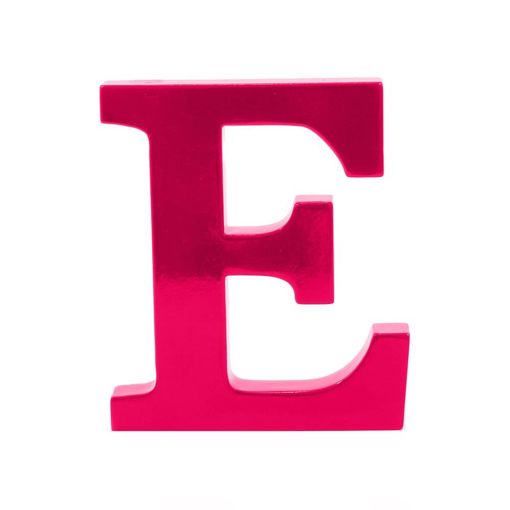 Letra E Decorativa Rosa Pink em MDF - 19x16 cm
