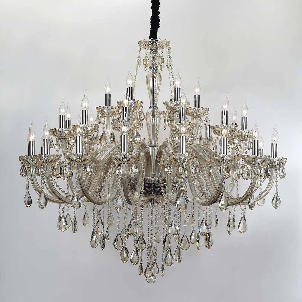 Lustre Golden para 36 Lâmpadas em Cristal com Estrutura em Metal - 135x90 cm