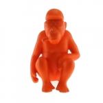 Macaco Sentado Laranja em Cerâmica - 22x14 cm