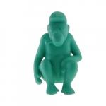 Macaco Sentado Verde Tiffany em Cerâmica - 22x14 cm