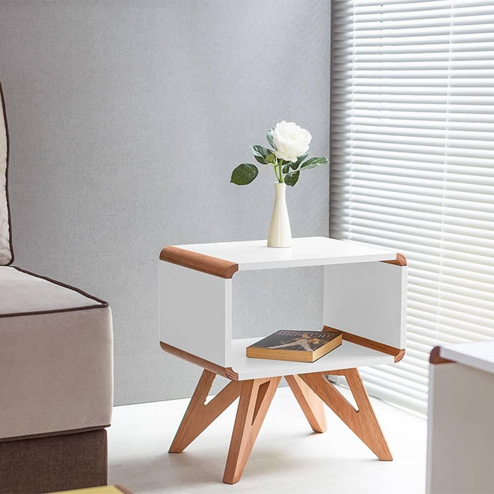 Mesa Lateral Baixa / Criado-Mudo Presley Branco em MDF - 50x46 cm