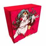 Mini Gaveteiro DC Comics Super Wonder Woman Powers Vermelho em Madeira com 4 Gavetas - Urban - 27x26 cm