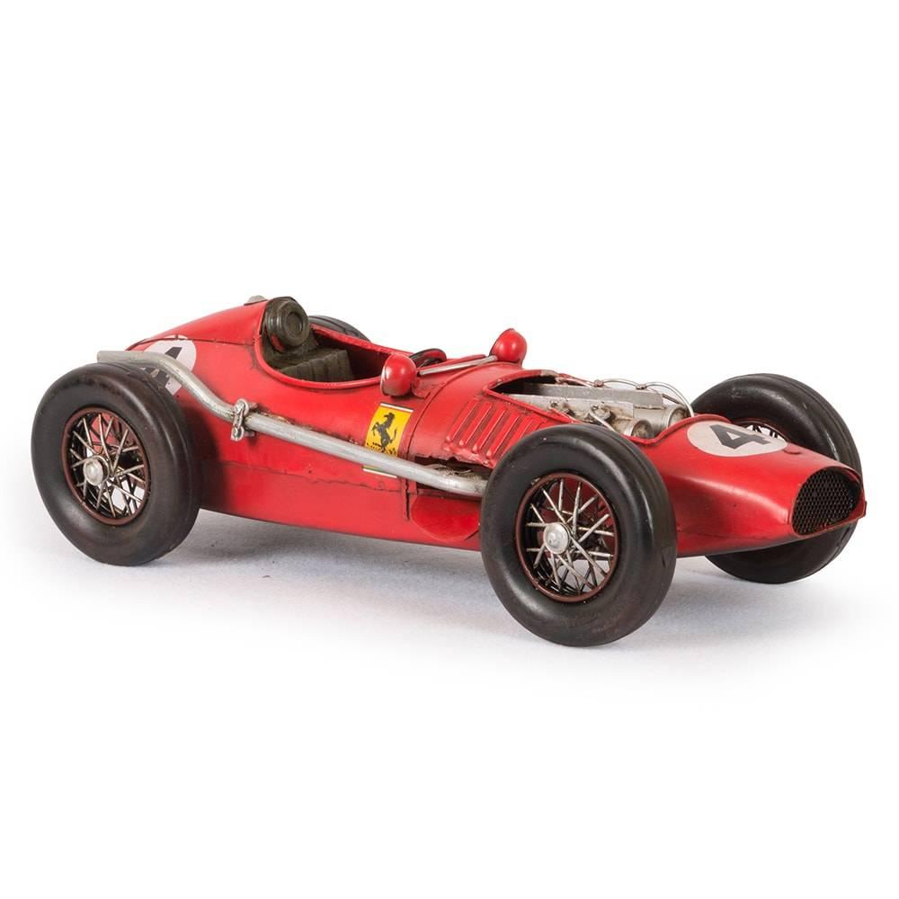 Miniatura Ferrari Vermelha Modelo 1958 em Ferro - 32x14 cm
