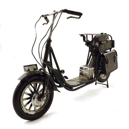 Miniatura de Motoneta Antiga Preta Oldway - Alforges atrás - 30x18cm