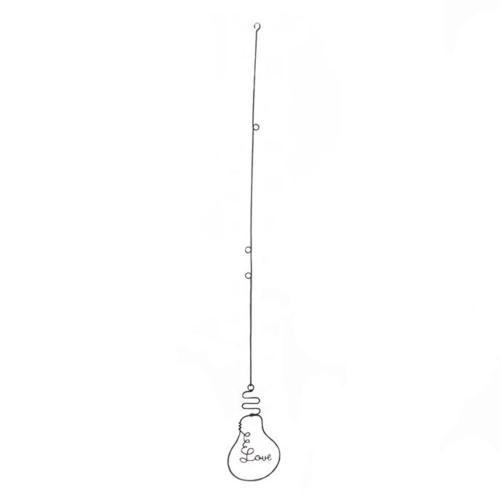 Objeto Decorativo Lâmpada Aramado Love em Metal - 31x3,3 cm