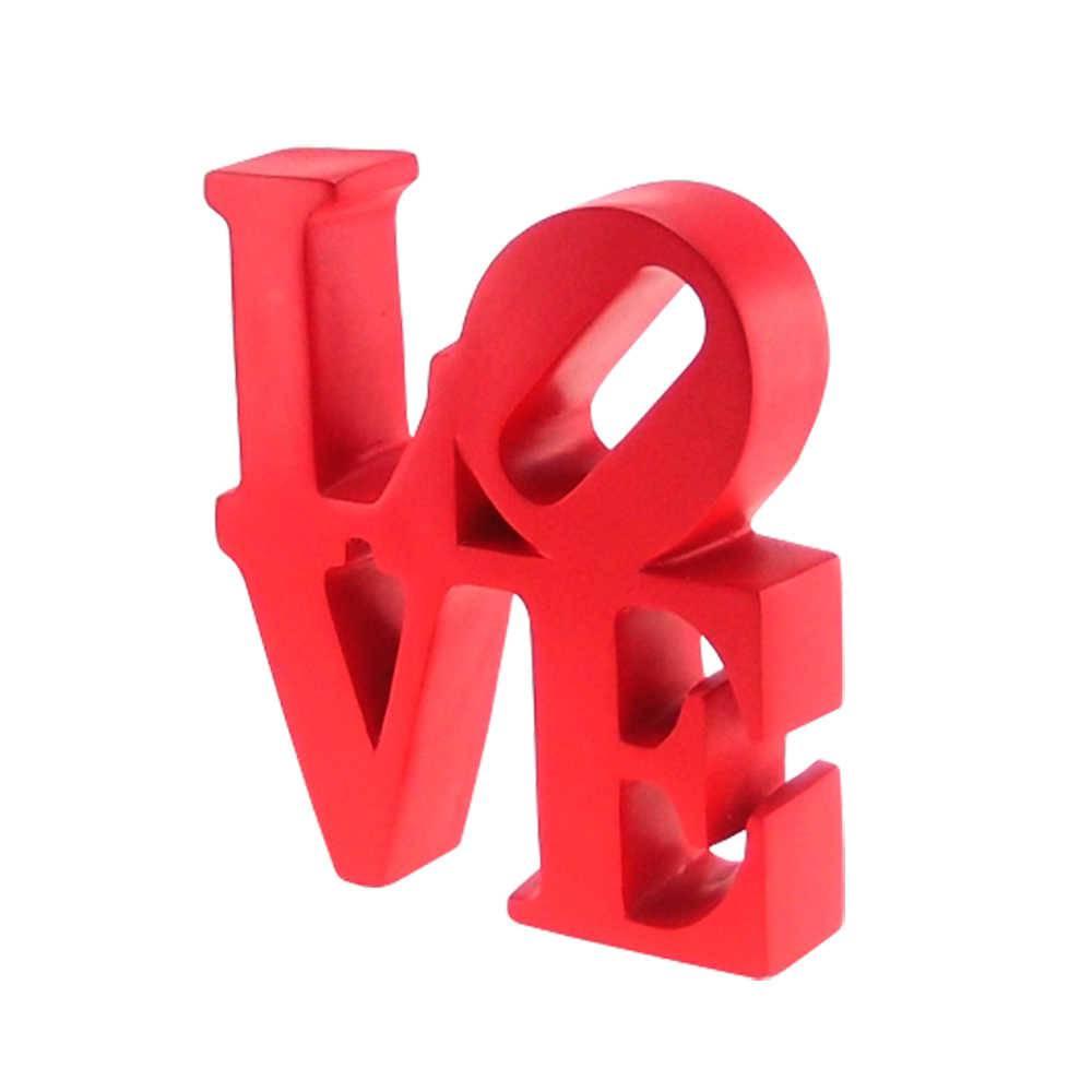 Palavra Love NY Decorativa Vermelha em Resina - 16x15 cm