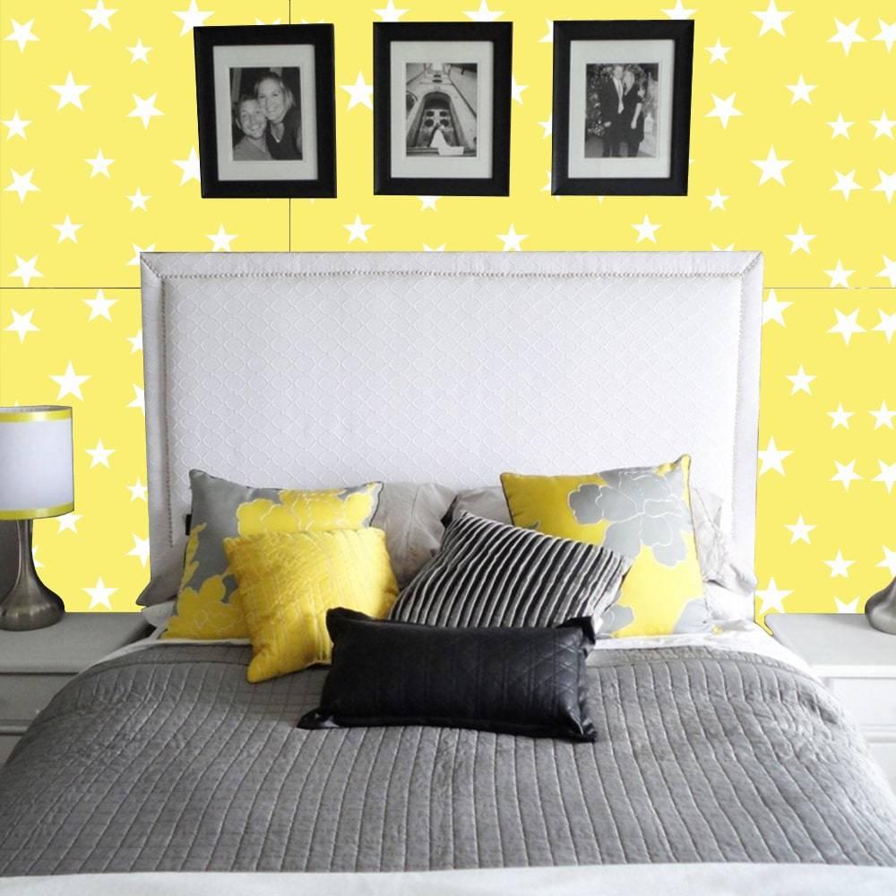 Papel de Parede Autocolante QUR005 Estrelas Fundo Amarelo - 420x53 cm