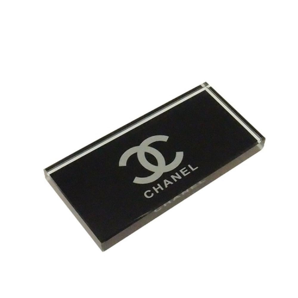 Peso de mesa Chanel