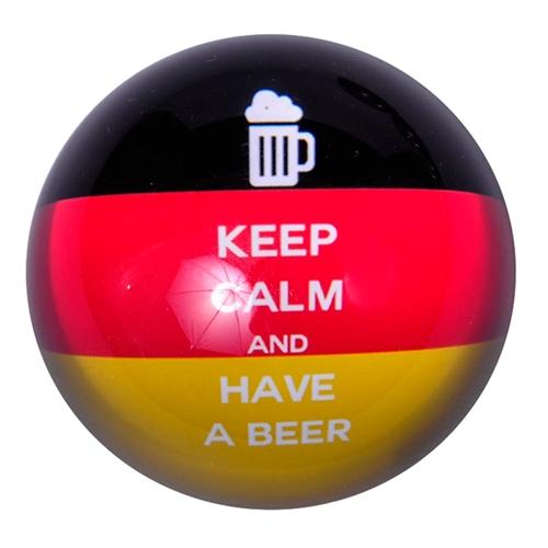 Peso de Papel Alemanha Keep Calm and Have a Beer em Vidro - 8x4 cm