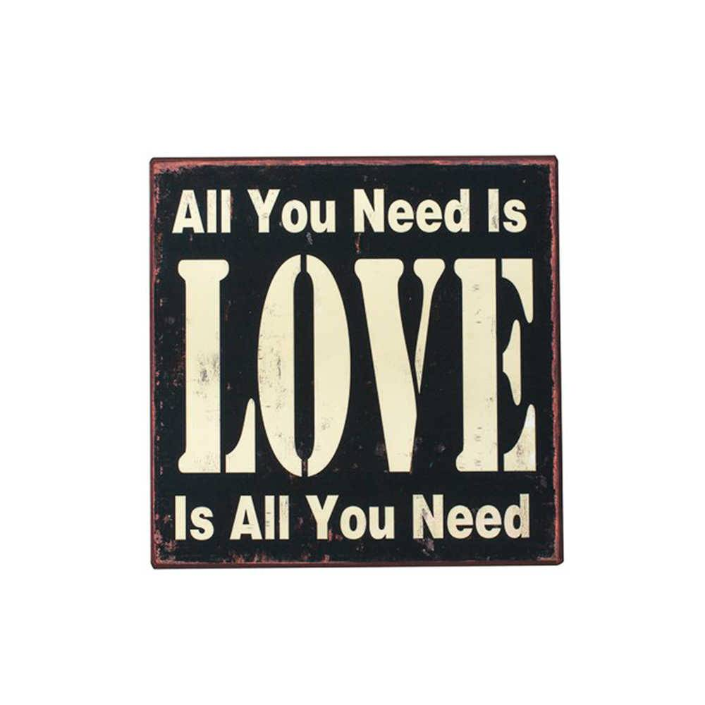 Placa All You Need Is Love Preto e Branco em Metal - 26x26 cm