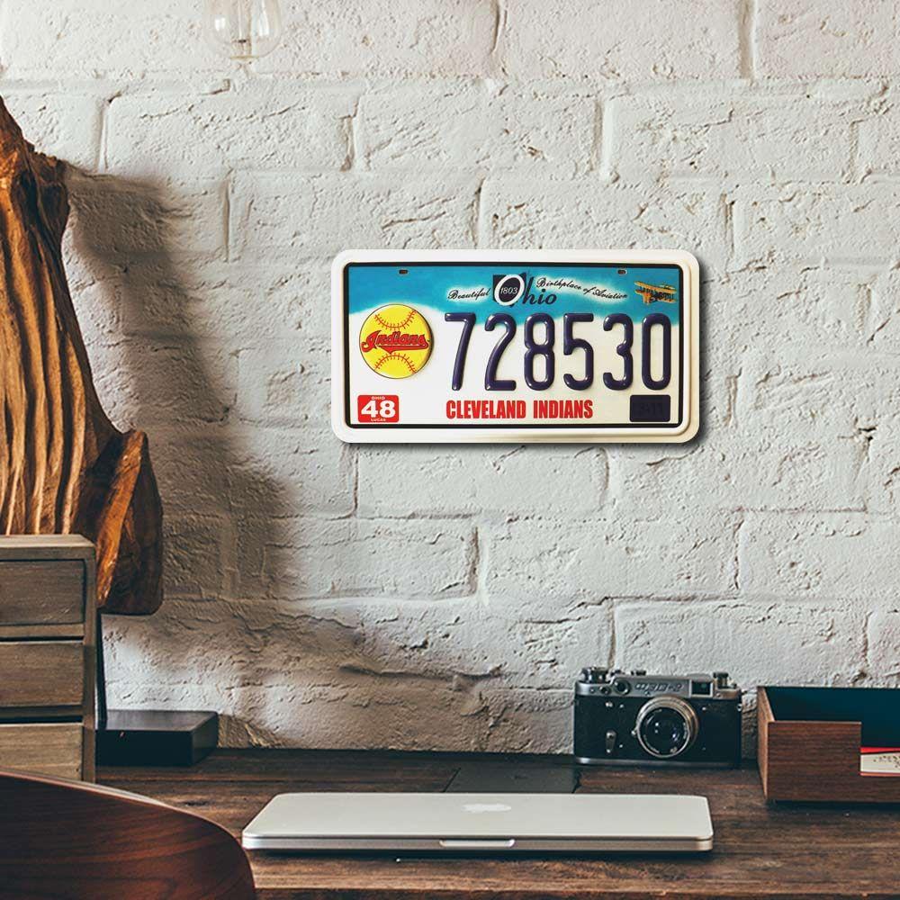 Placa de Carro Decorativa - Em Alto Relevo - Cleveland - Ohio - 31x16 cm